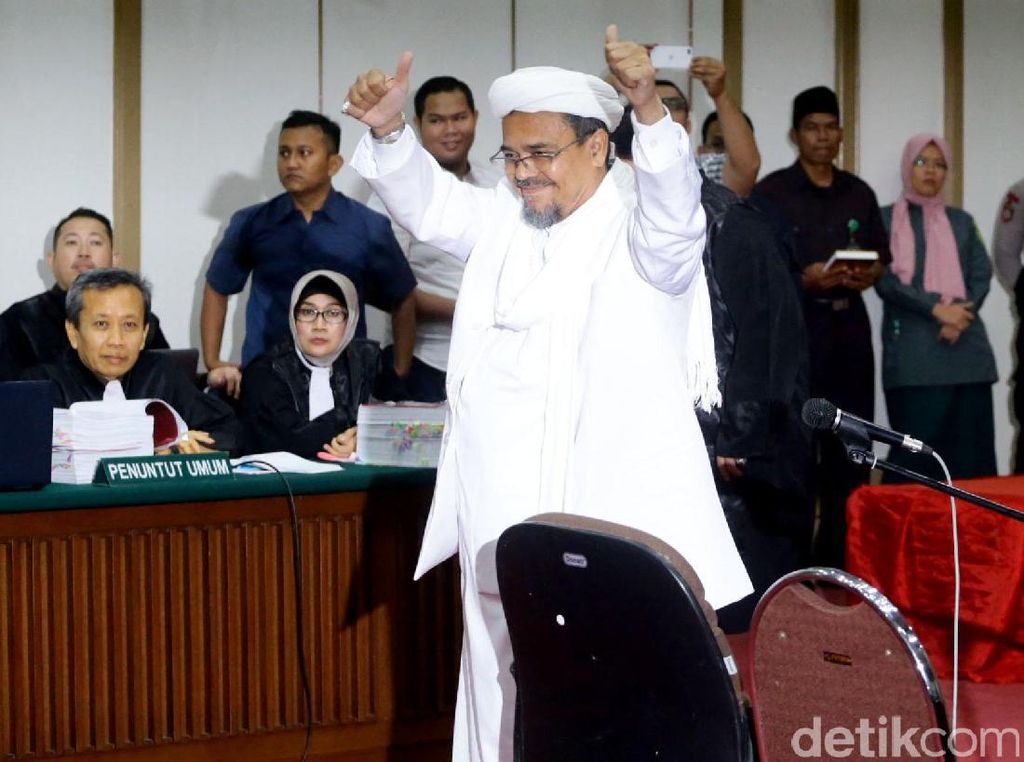 Habib Rizieq Terhalang Pulang, Pengacara Ungkit Jebakan Bendera Tauhid