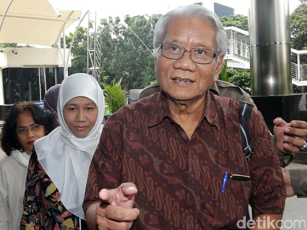 3 Nama Calon Hakim Konstitusi Disetor ke Jokowi