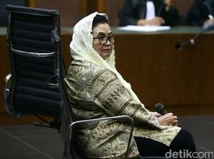 Siti Persoalkan Keterangan Irjen Kemenkes soal Dokumen Verbal