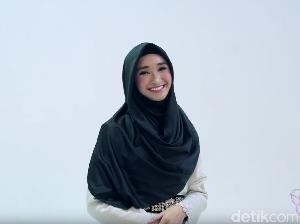 Tutorial Hijab Syari Ala Si Cantik Bersuara Merdu, Bella Almira