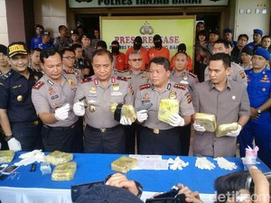 Eks Sipir Ditangkap karena Dalangi Penyelundupan Sabu 8,7 Kg
