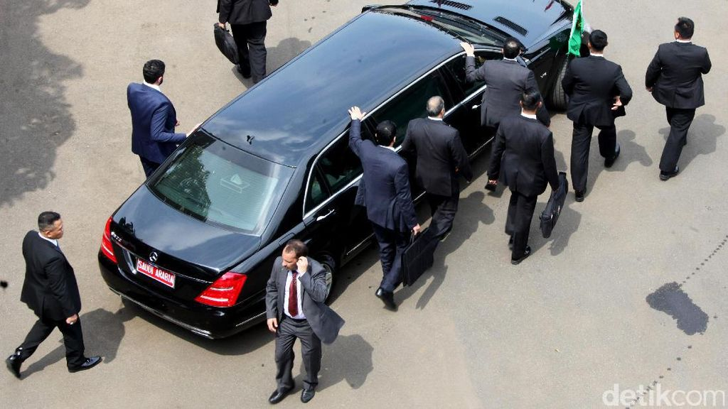Iring-iringan Raja Salman Menuju Masjid Istiqlal