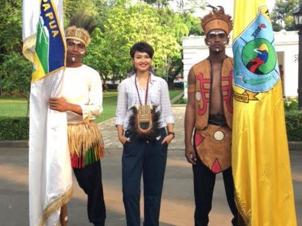Khairiyyah Sari, Fashion Stylist di Balik 34 Baju Adat Paspampres
