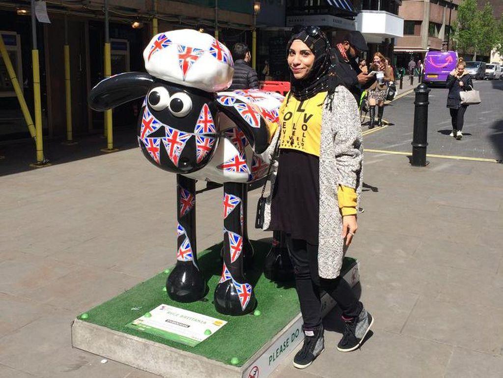 Esra Alhamal, Mahasiswi S-3 Berdarah Arab yang Traveling ke-21 Negara