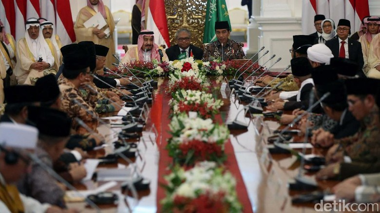 Raja Salman akan Temui Tokoh Lintas Agama Usai Jumatan