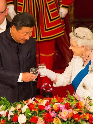 Mengintip Menu Sarapan Sampai Makan Malam Ratu Elizabeth II