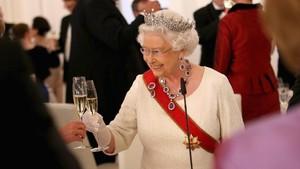 Ratu Elizabeth II Rayakan Ulang Tahun ke-91 dengan Sederhana