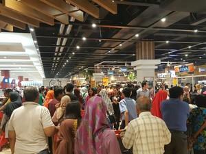 Transmart Rungkut Surabaya Tawarkan Promo Groseri