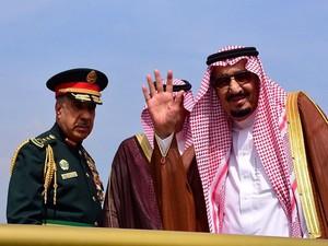 Raja Salman Mengakhiri Tur Asia-nya dan Kembali ke Saudi