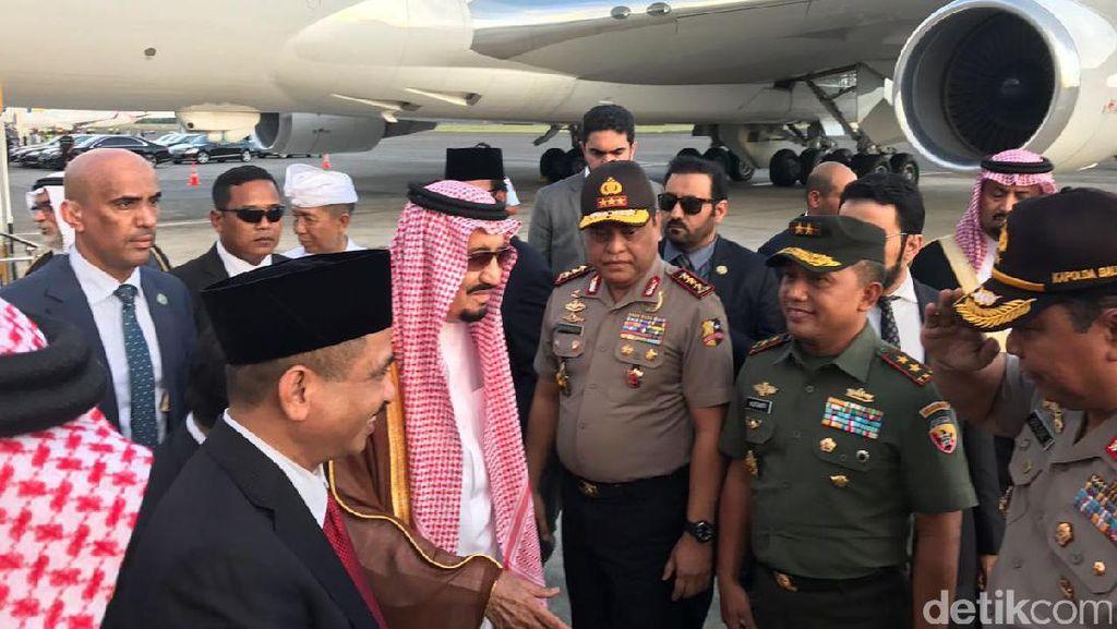 Ini Lift Khusus yang Dipakai Raja Salman di Bandara Ngurah Rai