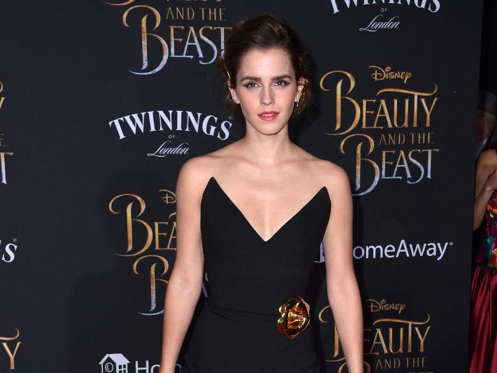 Rahasia Cantik Emma Watson: Mandi 3x Hingga Perawatan Rambut Miss V