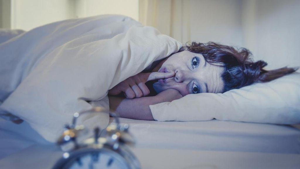 5 Alasan Tidur Telanjang Tidak Sehat-sehat Amat