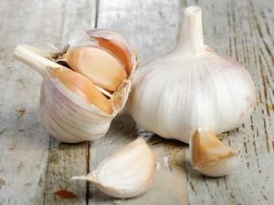 Selain Untuk Masak, Bawang Putih Ampuh Atasi Batuk Hingga Jerawat! (2)