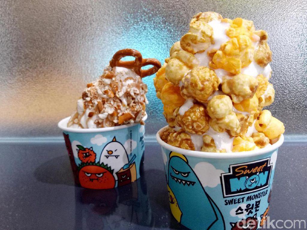 Sweet Monster: Creamy Lembut, Es Krim Vanilla dengan Taburan Popcorn