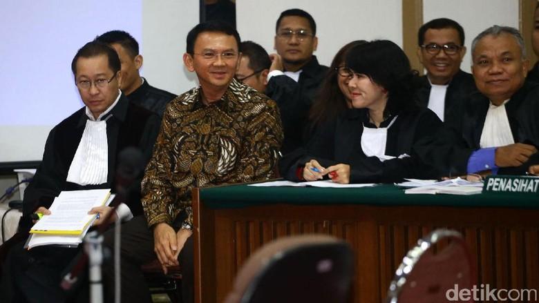 Sidang Ahok Dimulai, Eks Ketua Panwaslu Belitung Jadi Saksi Pertama