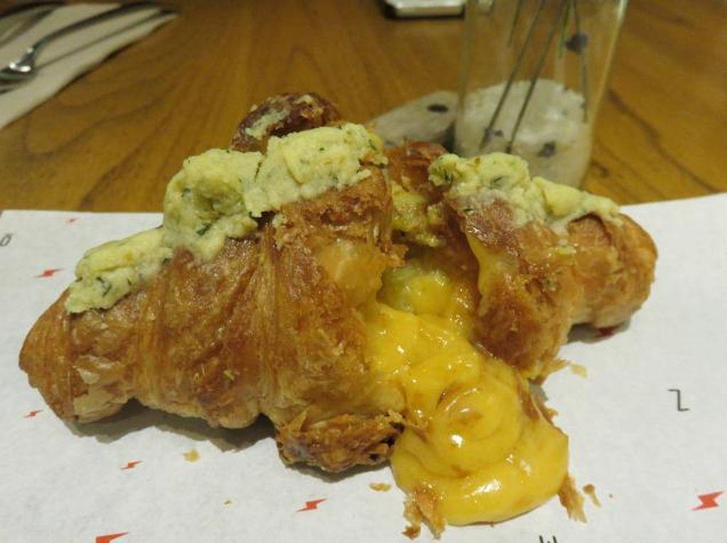 Sedang Ada di Thamrin? Yuk Mampir ke 4 Gerai Croissant Enak Ini