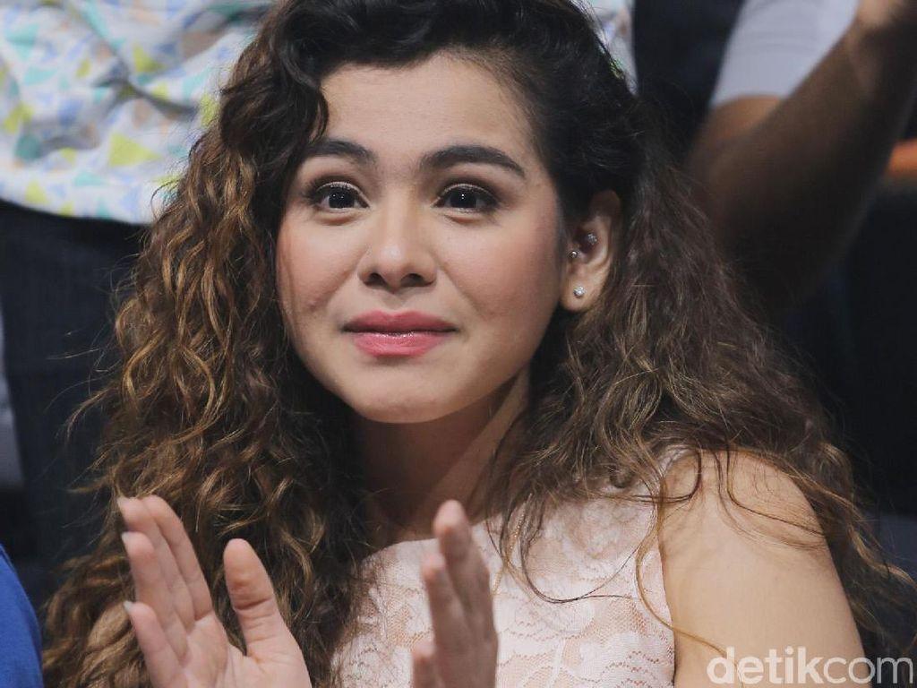 Batal Tunangan, Sahila Hisyam Anggap Vicky Prasetyo Kakak