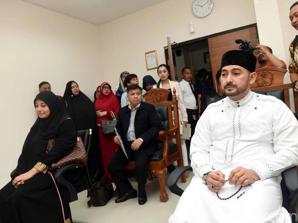 Al Habsyi Harus Beri Rp 150 Juta ke Putri Aisyah Selama Masa Idah