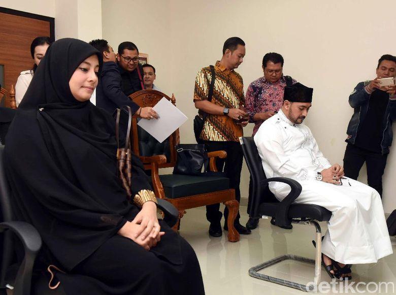 Istri Kedua Baru Melahirkan Saat Ustad Al Habsyi Digugat Cerai Istri Pertama