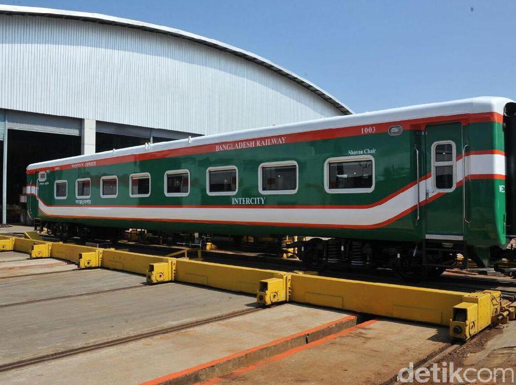 Mau Pasok Kereta ke Afrika, RI Incar Kamerun hingga Angola