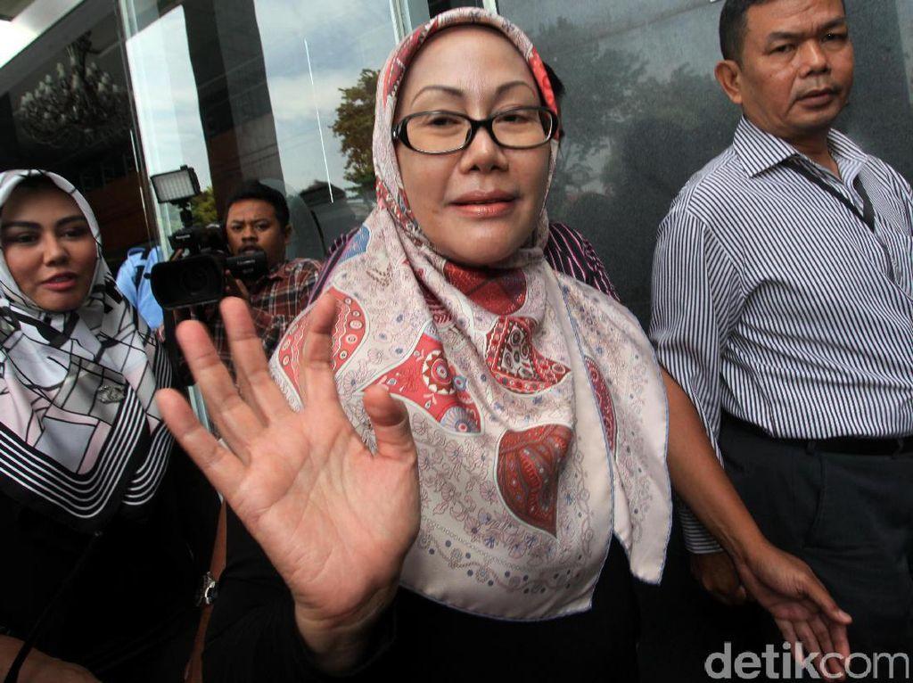 Rano Karno Kalah di MK, Ratu Atut: Alhamdulillah