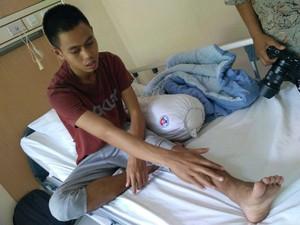 RSON Tangani Cedera Patah Tulang Mantan Pemain Persibat Batang Hapidin