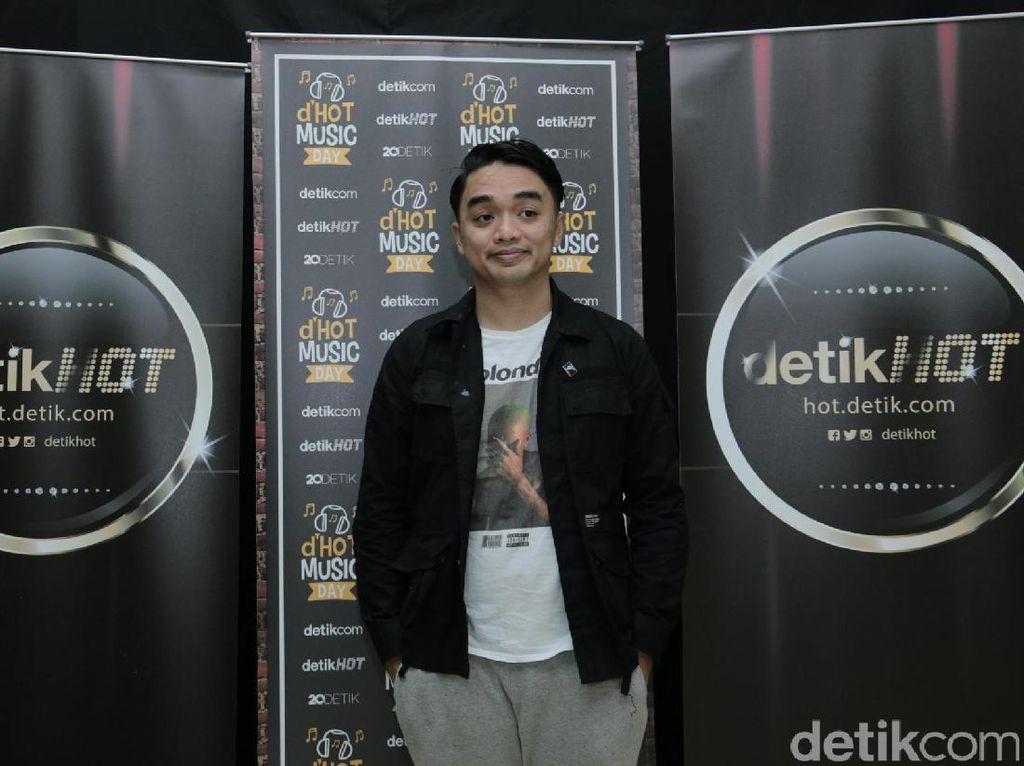 Dipha Barus Kenalkan Kolaborasi Hip Hop Pertamanya dengan Rapper Muda