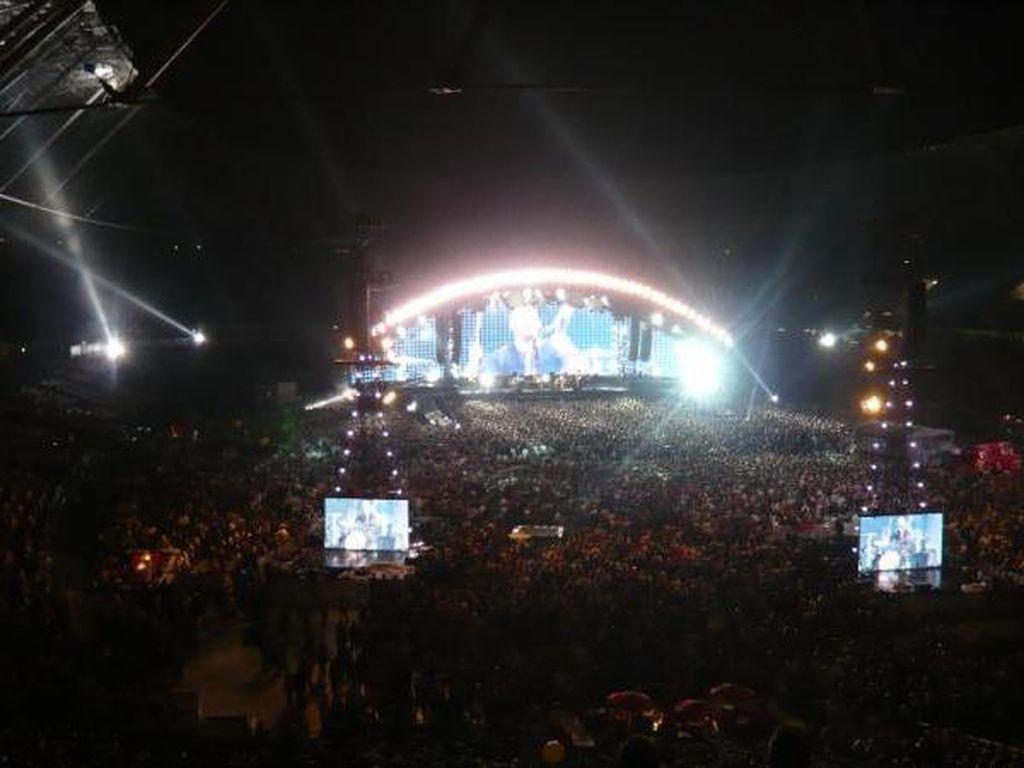 Benarkah Musisi Besar yang akan Konser di Indonesia RHCP atau Queen?