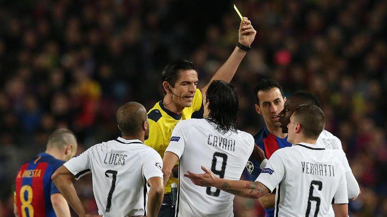Paris Saint Resmi Komplain UEFA Setelah Kekalahan 1-6 Lawan Barcelona