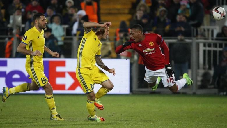 Duel Mu vs Rostov Berakhir Imbang
