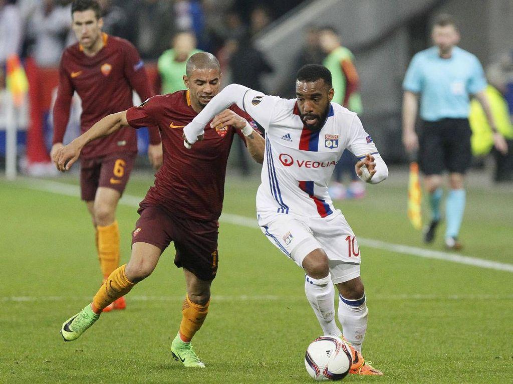 Roma Kalah 2-4 di Markas Lyon