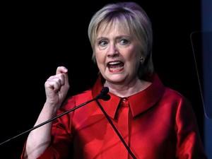 William Gibson Tulis Novel tentang Kemenangan Hillary Clinton