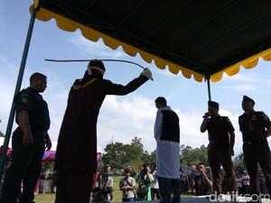 Pelaku Pencabulan Anak di Aceh Besar Dihukum Cambuk 112 Kali