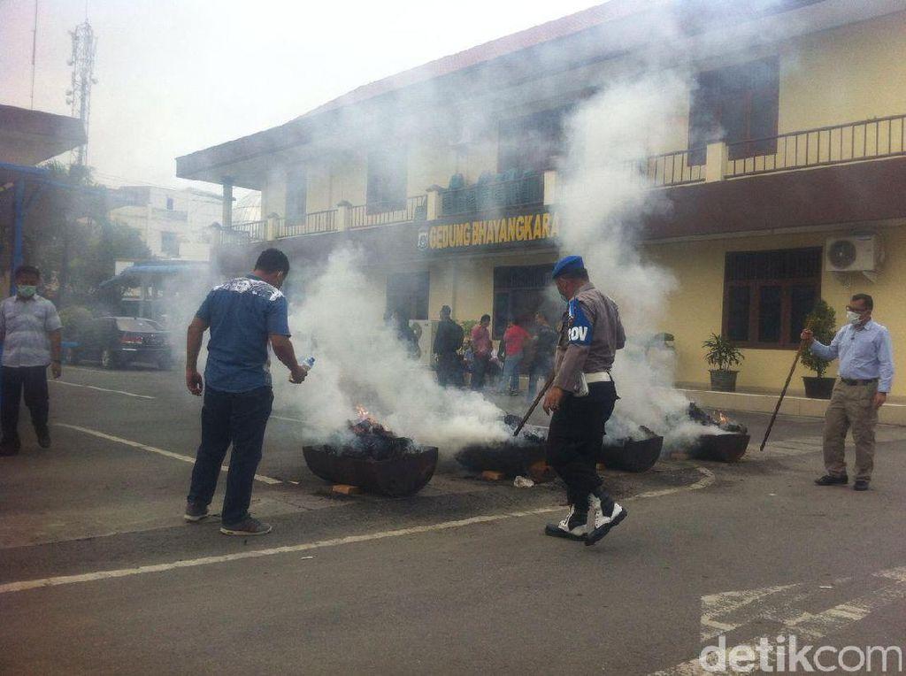 Polrestabes Medan Musnahkan 140 Kg Ganja dan 11 Kg Sabu