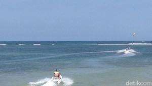 Penampakan Rombongan Raja Salman Main Water Sport di Bali