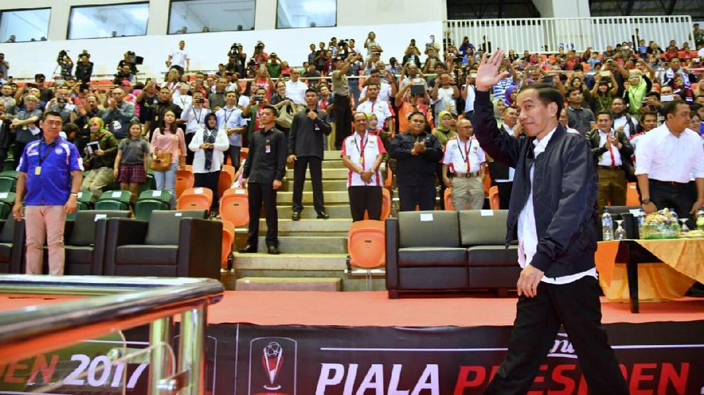 Jokowi: Piala Presiden Momentum Kebangkitan Sepak Bola Indonesia