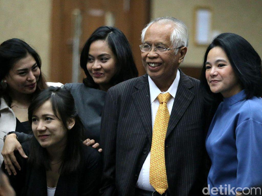 PK Dikabulkan, Hukuman OC Kaligis Disunat Jadi 7 Tahun Bui