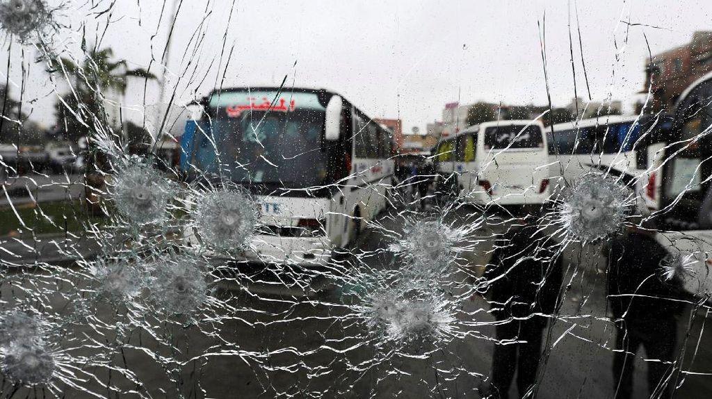 Dua Bom di Damaskus Tewaskan 74 Orang