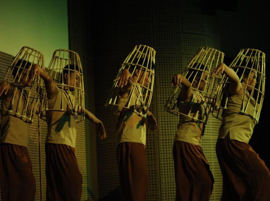 Mila Art Dance Pentaskan Tari Lukoh Gilo