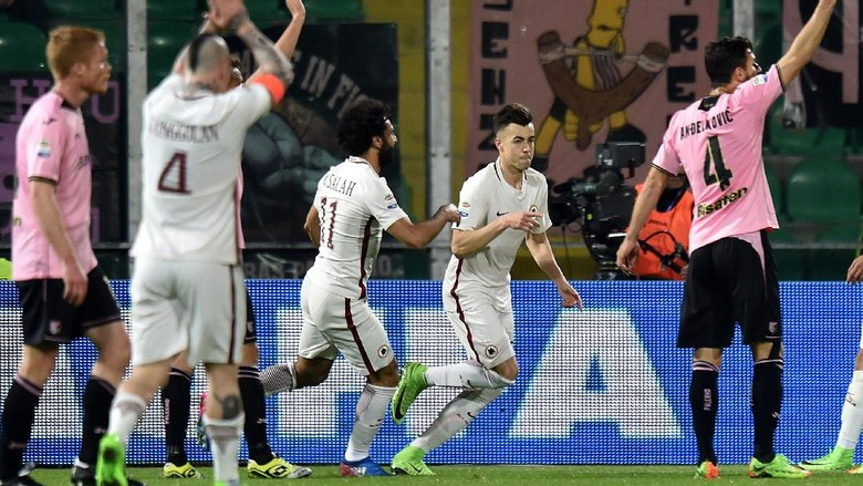 Bekuk Palermo 3-0, Roma Geser Napoli dari Peringkat Dua