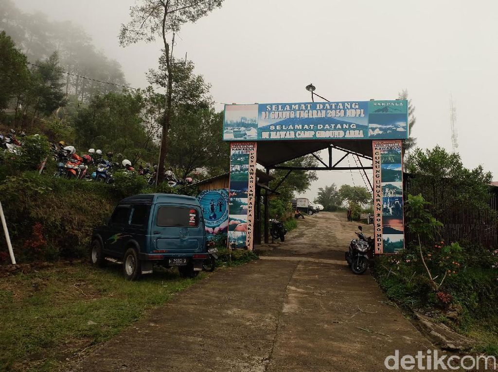 Basecamp Mawar yang Asyik Buat Kemping di Gunung Ungaran