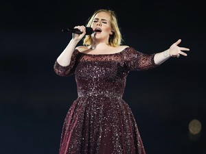 Kehadiran Adele Begitu Dinantikan untuk Film James Bond Berikutnya