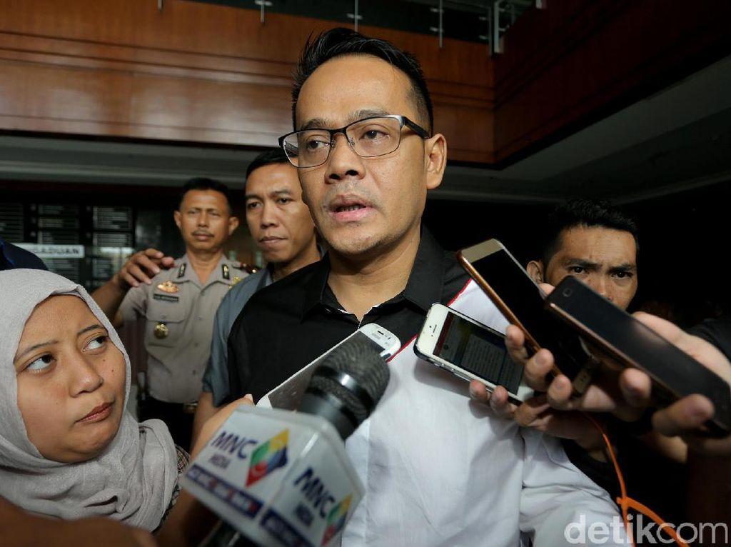 Suami Inneke Koesherawati Jalani Sidang Perdana