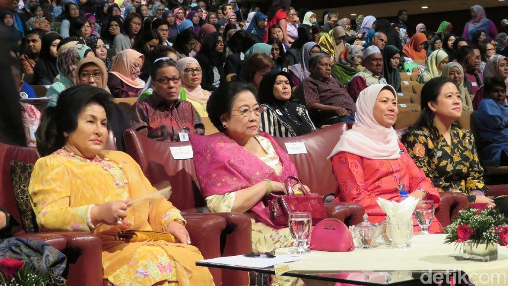 Megawati Tekankan Pentingnya Pendidikan Budi Pekerti di Keluarga