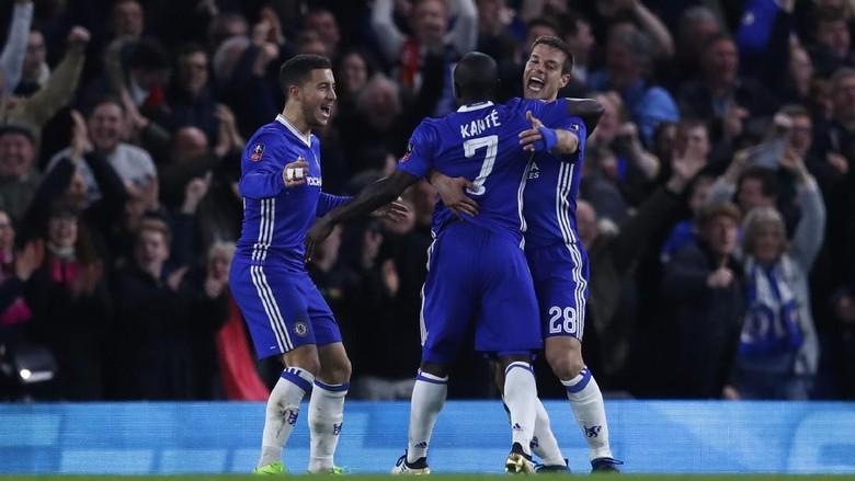 Singkirkan MU, Chelsea ke Semifinal