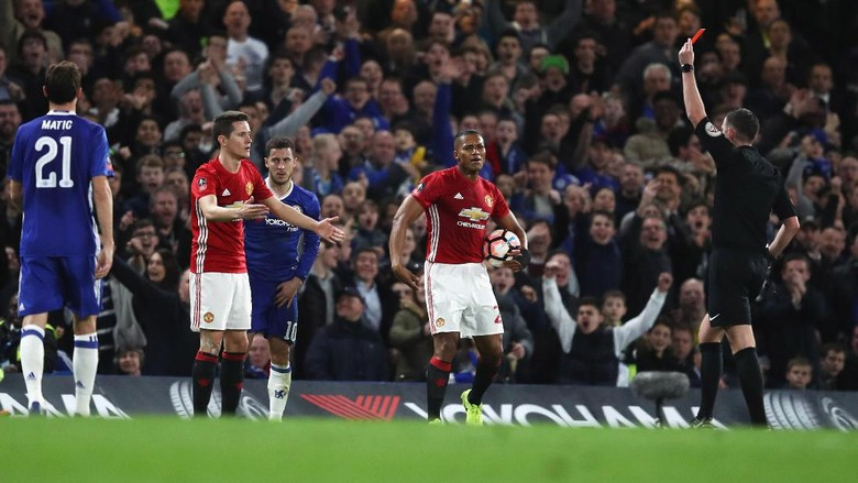 Kartu Merah Herrera Mudahkan Chelsea