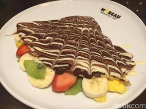 Enaknya Ngemil <i>Crepes</i> Isi Buah Segar dengan Lelehan <i>Dark Chocolate</i>