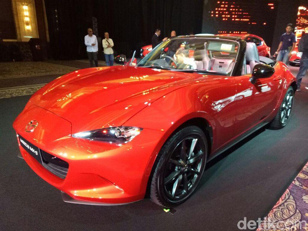 Indonesia Kurang Aman, Mazda MX-5 Soft Top Batal Dijual