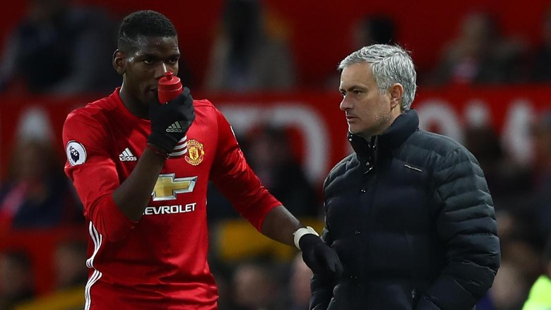 Mourinho Bantah Kabar Tak Akur dengan Pogba