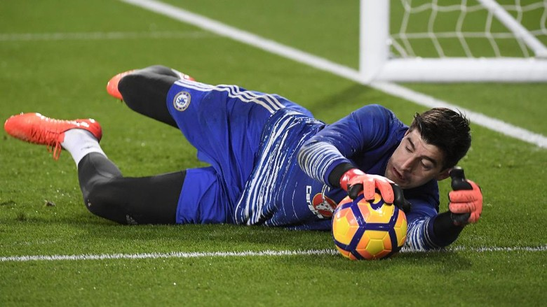 Courtois Tepis Isu Transfer ke Madrid